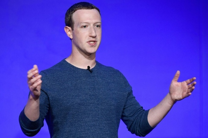 Facebook shares sink on perfect storm of bad news