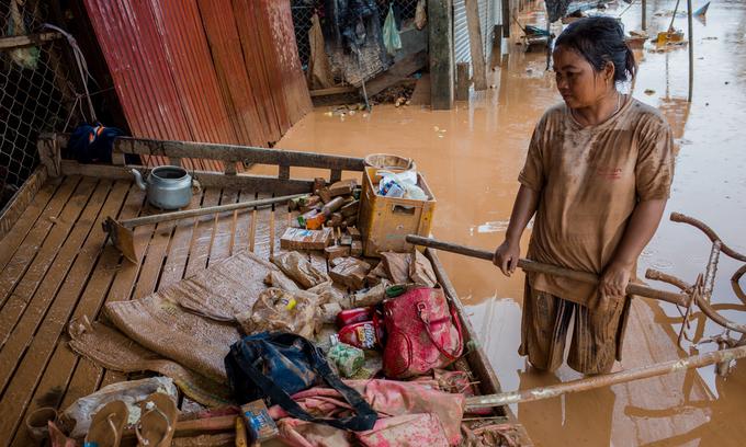 Vietnam donates $200,000 for dam collapse relief efforts in Laos