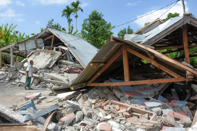 The Lombok quake killed 16 people and destroyed hundreds of buildings. Photo by AFP