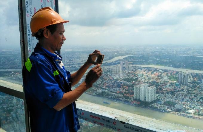 Saigons bird eye view from the tallest building in Vietnam - 6