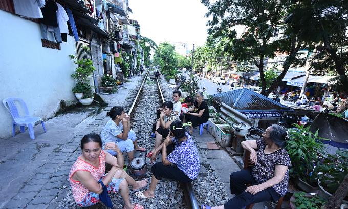 Parliament okays $300mln railway upgrade in Vietnam