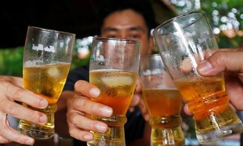 Beer binges a health problem, WHO warns Vietnam