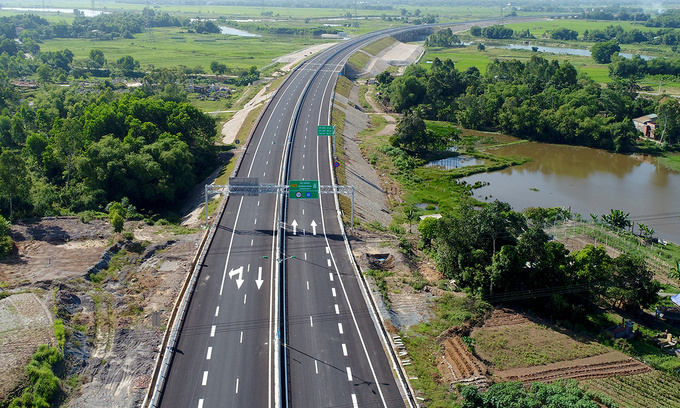 Road, rail investment to push Vietnam infrastructure growth