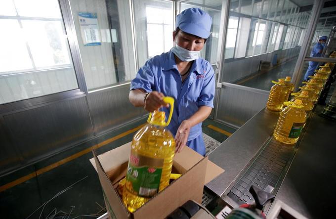 Consultation prize: US-China trade war fires bonanza for advisory firms
