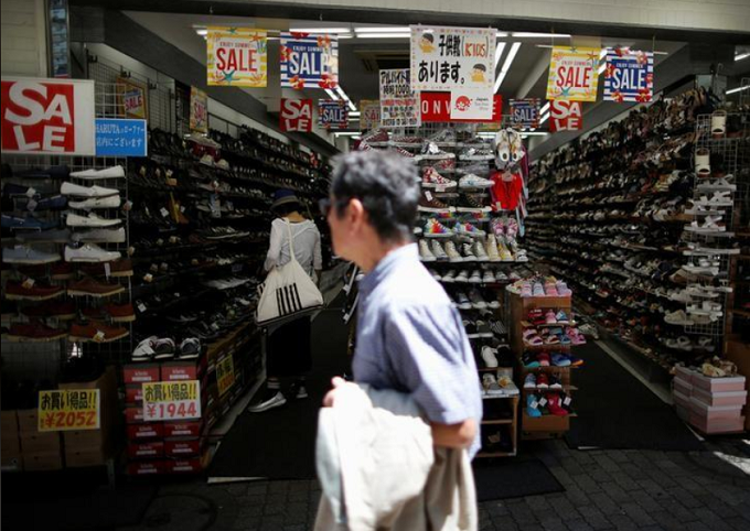 Japan arrests three Vietnamese nationals after massive shoplifting haul
