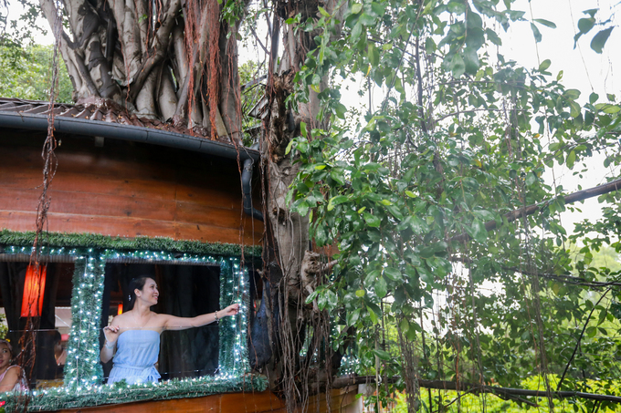 A Saigon café climbs trees to serve its customers - 8