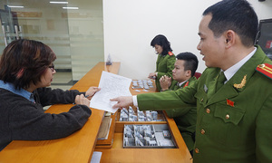 Vietnam to cut civil servants by 5,510 next year