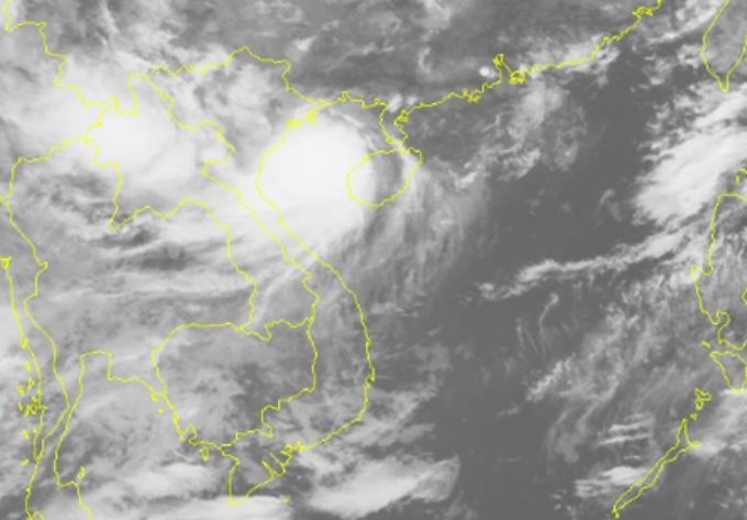 Storm Bibenca rages over Vietnam waters on Thursday morning, as shown in a satellite image from the National Hydro-Meteorological Forecasting Center.