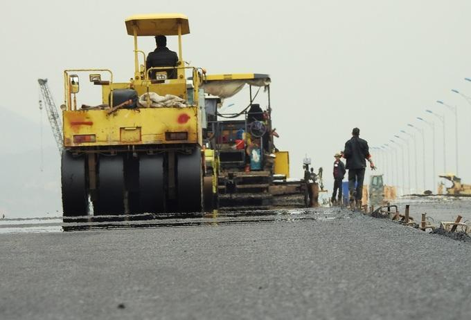 117 drain grates stolen from new $556 mln expressway in Vietnam