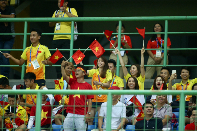 Vietnamese fans at the stadium.