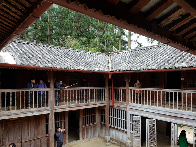 A closer look at controversy-ridden Hmong royal palace - 3