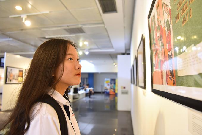 Hanoi cartoon exhibition revisits subsidised humor - 6