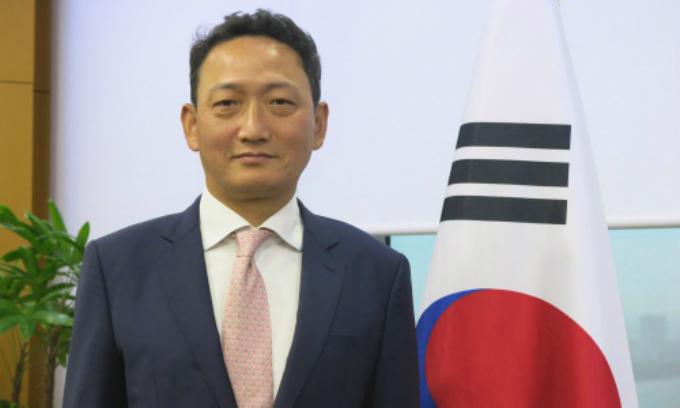 South Korean ambassador to Vietnam Kim Do-hyon. Photo by VnExpress/Viet Anh