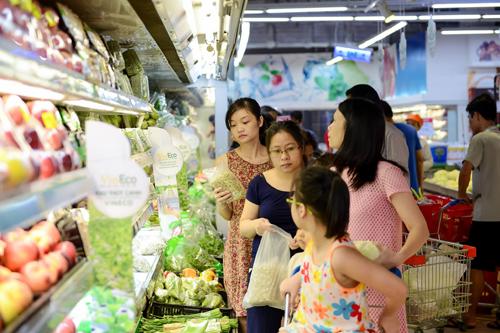 Vietnam set to surpass socio-economic targets: PM