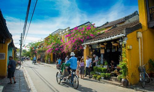 Vietnam international arrivals rise fastest in Southeast Asia