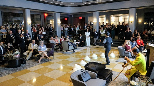 150 guests watched musicians performing traditional Vietnamese music with Dan Bau - a single-stringed musical instrument at the book lauch event. Photo: Khanh Anh