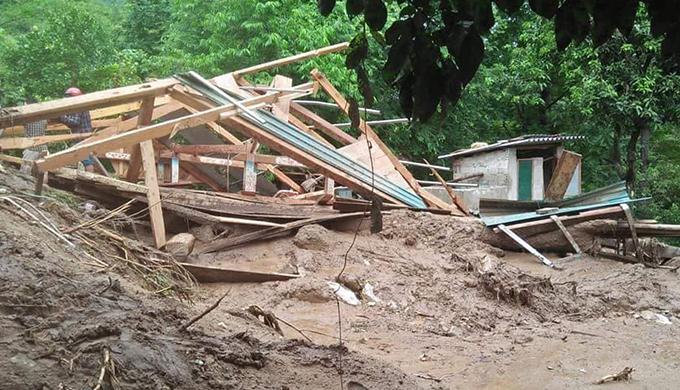 Floods destroyes homes, roads in border province (hari edited) - 2