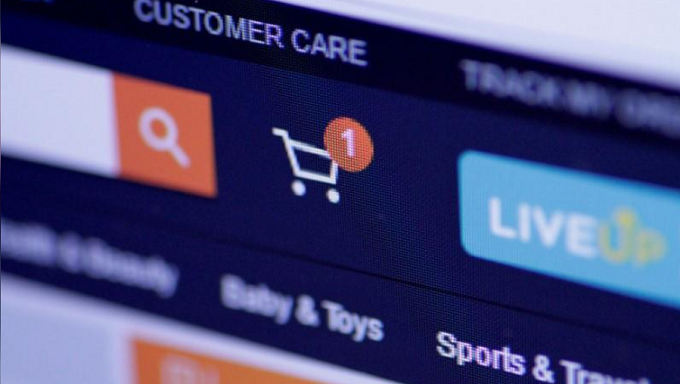 E-commerce giants rake in losses as market share war continues