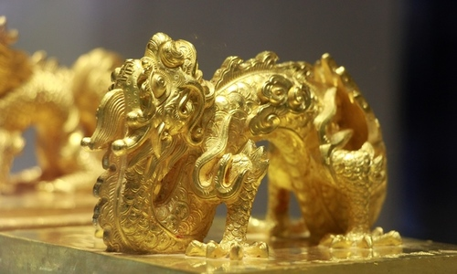 Royal symbols, opulence on display in central Vietnam