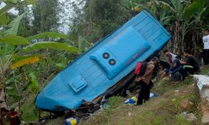 At least 21 killed in Indonesia bus crash
