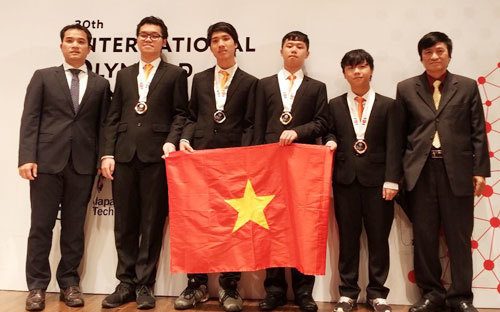 Vietnamese student wins Olympiad gold in informatics