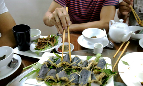 Snakes on a plate: Vietnam's coiled cuisine