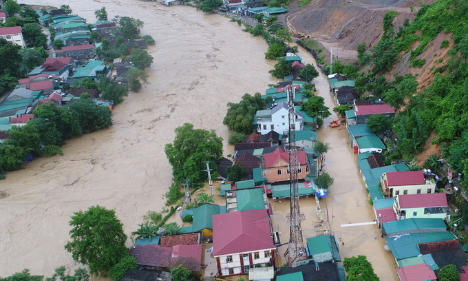 Vietnam braces for storm Barijat