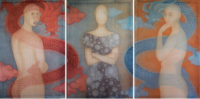 Silk paintings collection celebrates womens beauty, complexity - 6