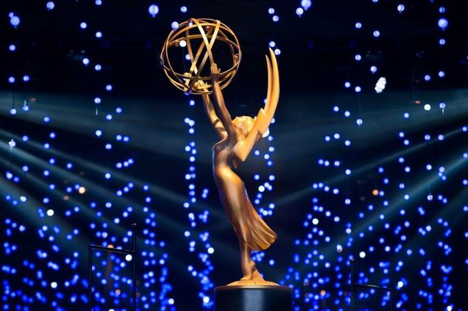 'Game of Thrones' back at Emmys for duel with 'Handmaid's Tale'