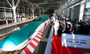 Vietnam sees high-speed train flying high