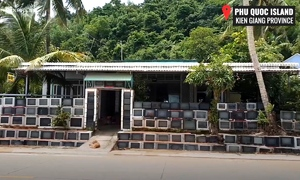 This house in Vietnam has a fence made of 400 TV sets