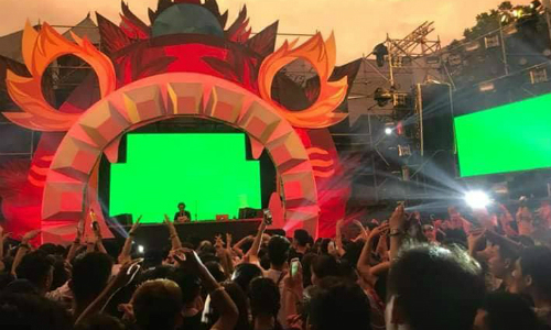 Hanoi investigates music fest deaths amidst a passing-the-buck game