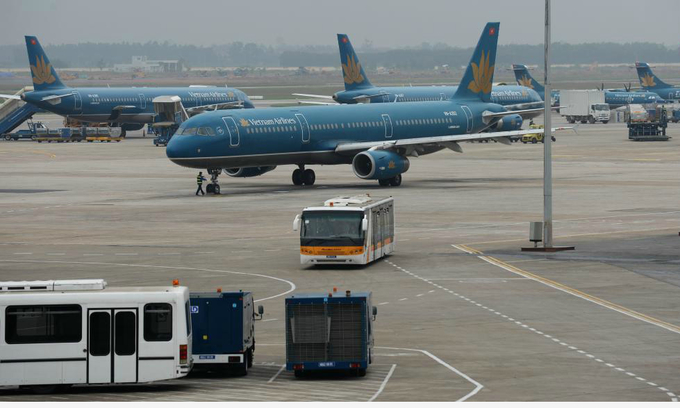 Grounded: 2 runways in Vietnam's major airports face closure