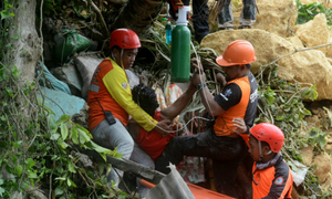 12 killed, dozens missing in new Philippine landslide