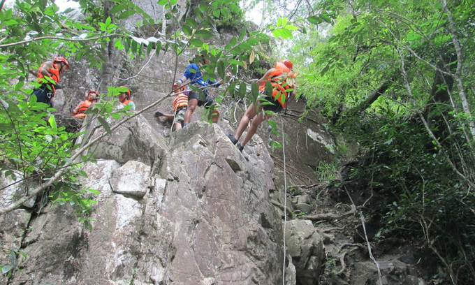 Vietnam suspends adventure tours at waterfall after tourist's death