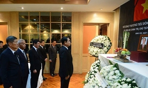 World leaders, diplomats pay tribute to Vietnamese President Tran Dai Quang