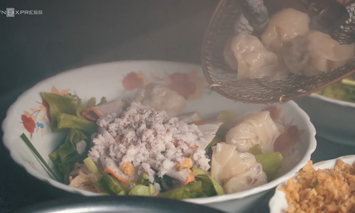 Have a bite of this decades-old wonton noodles in Saigon