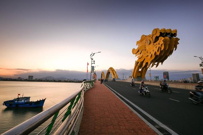 Da Nang, a top destination in central Vietnam, is famous for the icon of Dragon Bridge.