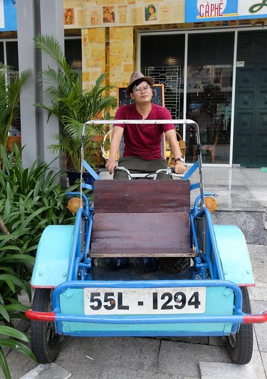 A Saigon café where a thousand things can talk to you - 9