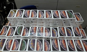 Vietnam customs seize over 250 iPhones smuggled from the US