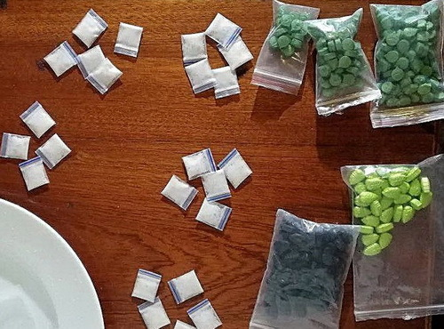 Police nab man ferrying drugs from HCMC, make huge haul