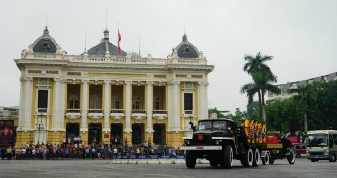 Vietnamese bid farewell to President Tran Dai Quang - 3
