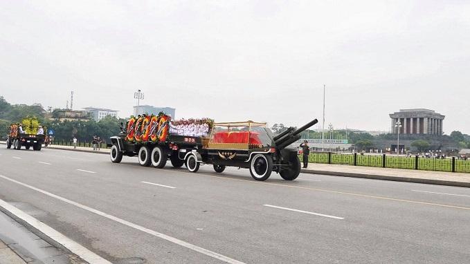 Vietnamese bid farewell to President Tran Dai Quang - 6