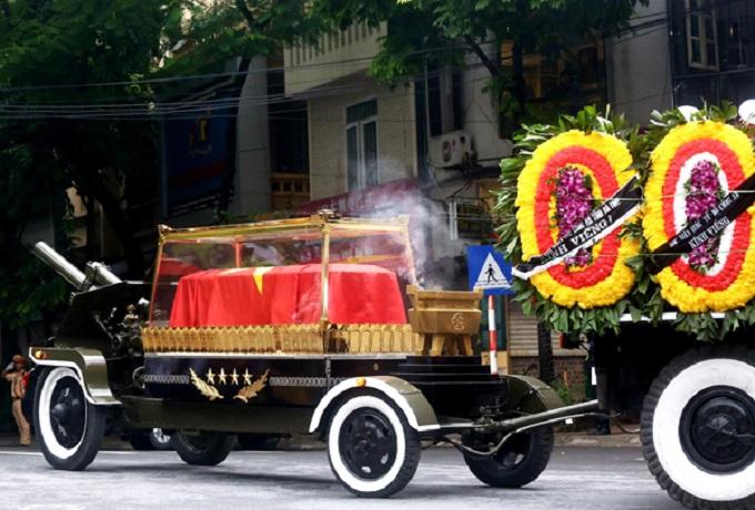 Vietnamese bid farewell to President Tran Dai Quang - 8