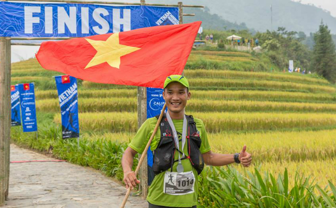 Quang Tran at the finish line at Vietnam Mountain Marathon.