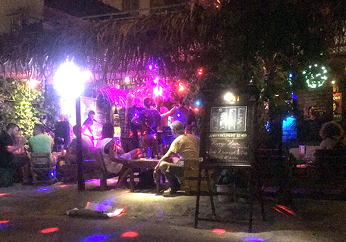 18 foreigners held in Da Nang's drug abuse crackdown