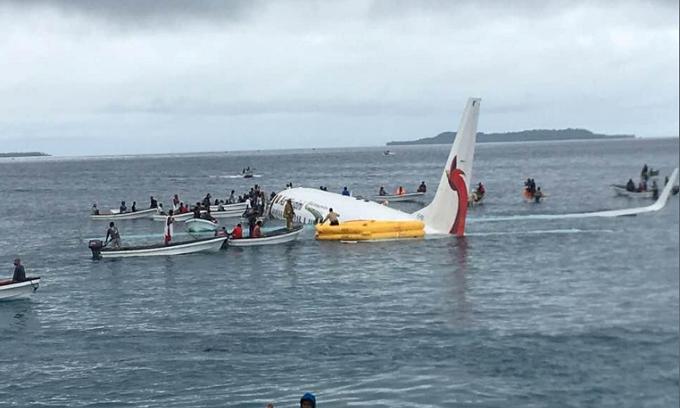 Four Vietnamese are passengers on plane crash near Papua New Guinea