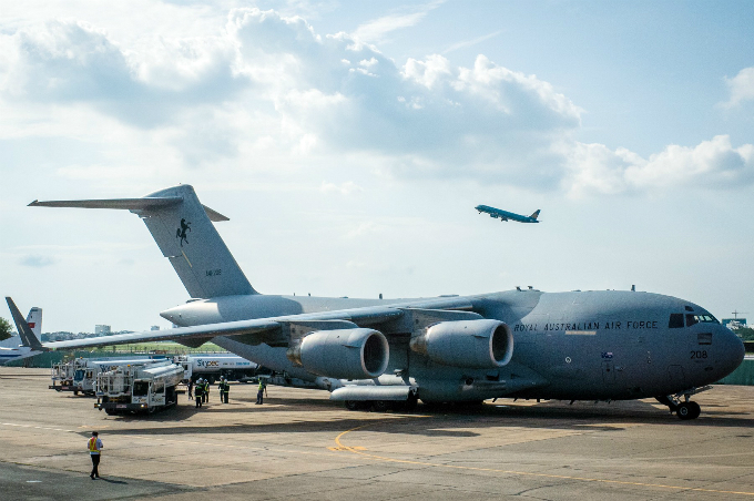 Australian military aircraft picks up Vietnamese doctors for U.N. peacekeeping mission