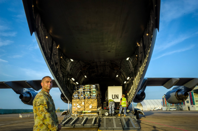 Australian military aircraft picks up Vietnamese doctors for U.N. peacekeeping mission - 3