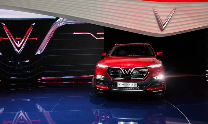Experts on the fence over first made-in-Vietnam cars